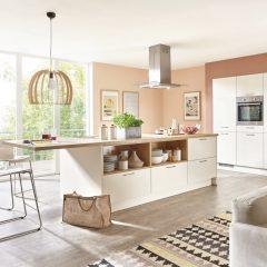 keuken met kastenwand en eiland molbergen