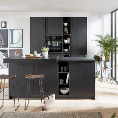 zwarte keuken met eiland schledehausen