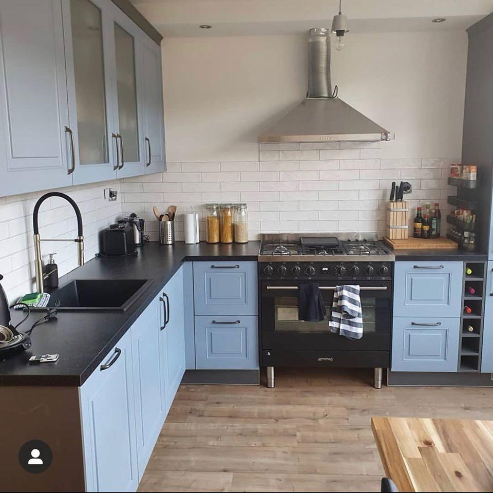 Landelijk lichblauwe keuken