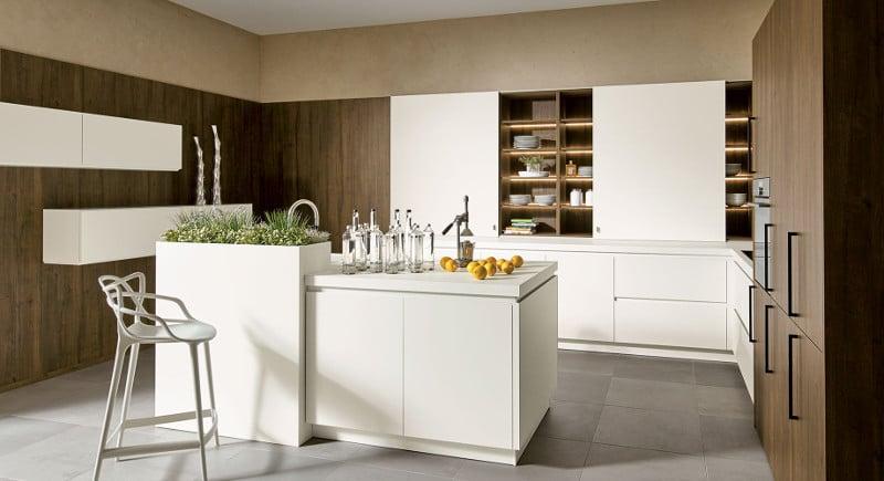 moderne keuken met eiland